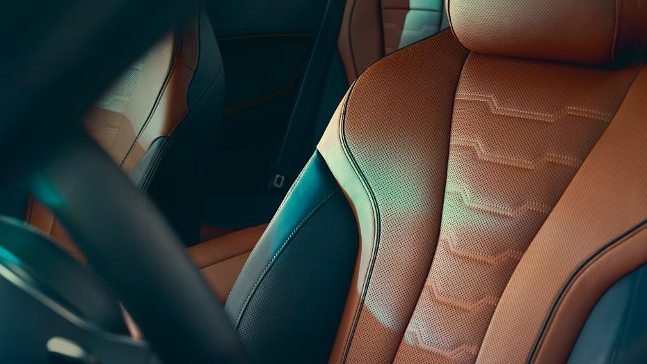 BMW 8 Series (2019) Interior 010