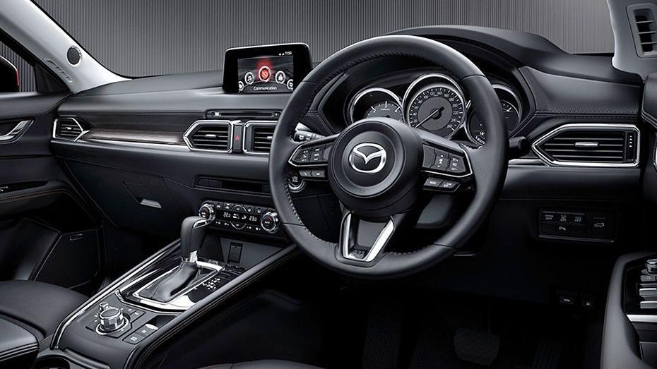 Mazda CX-5 (2018) Interior 001