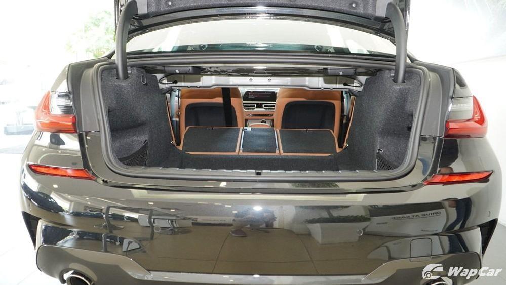 2019 BMW 3 Series 330i M Sport Interior 093
