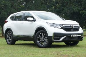 Pros and Cons: Honda CR-V - Spacious and practical, but is it enough?