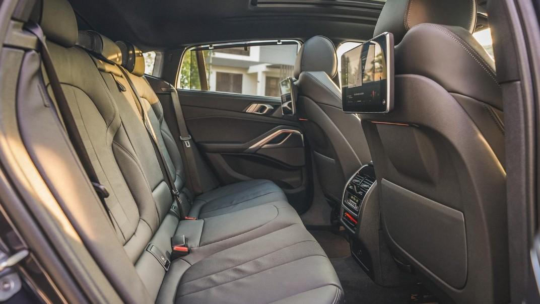2020 BMW X6 xDrive40i M Sport Interior 012
