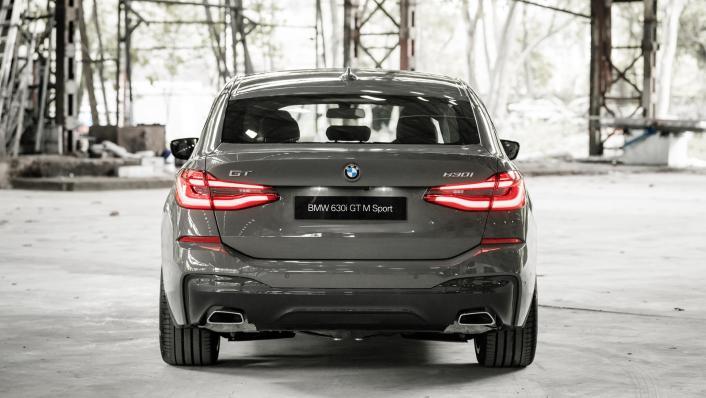 2021 BMW 6 Series GT 630i M Sport Exterior 009