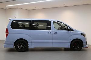 For RM 143k, you can get this one-off N Line-inspired Hyundai Starex for your family needs