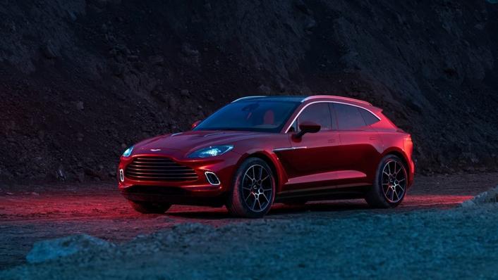 2021 Aston Martin DBX Exterior 001