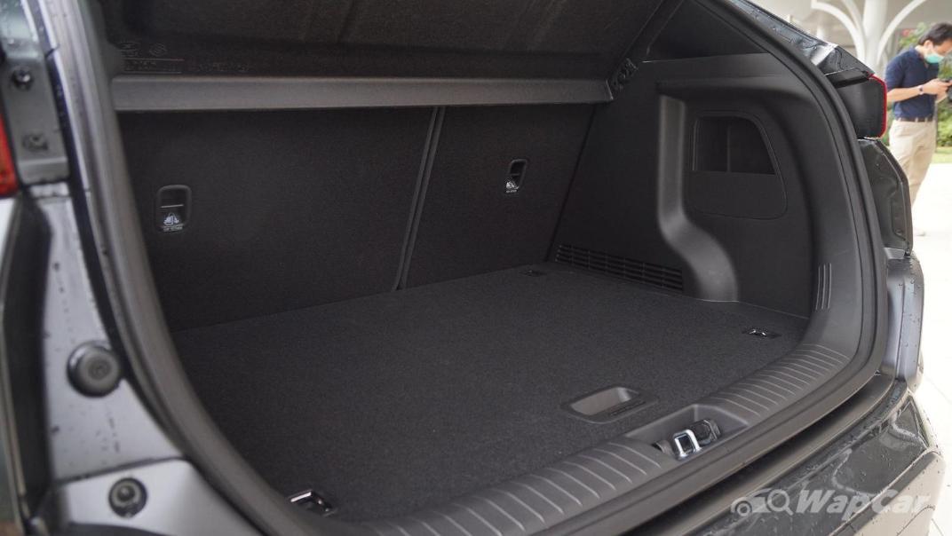 2020 Hyundai Kona 2.0 Standard Interior 021