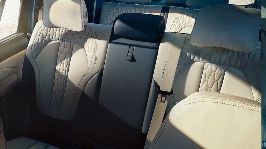 BMW X7 (2019) Interior 012