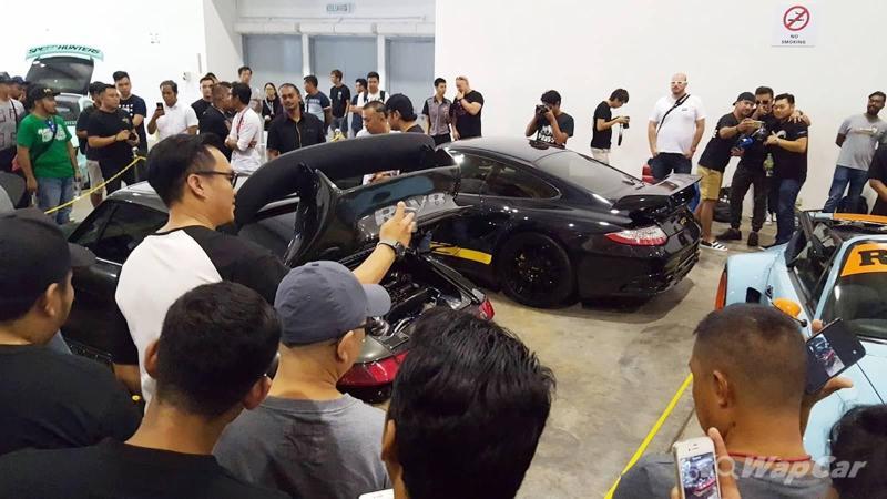 Car show RWB Porsche 911 GT2