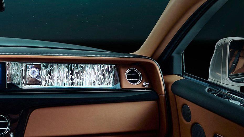 2017 Rolls-Royce Phantom Phantom Interior 005