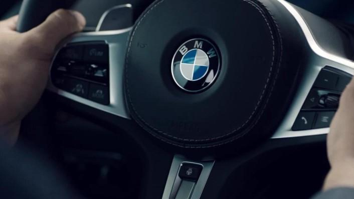 BMW X5 (2019) Interior 004