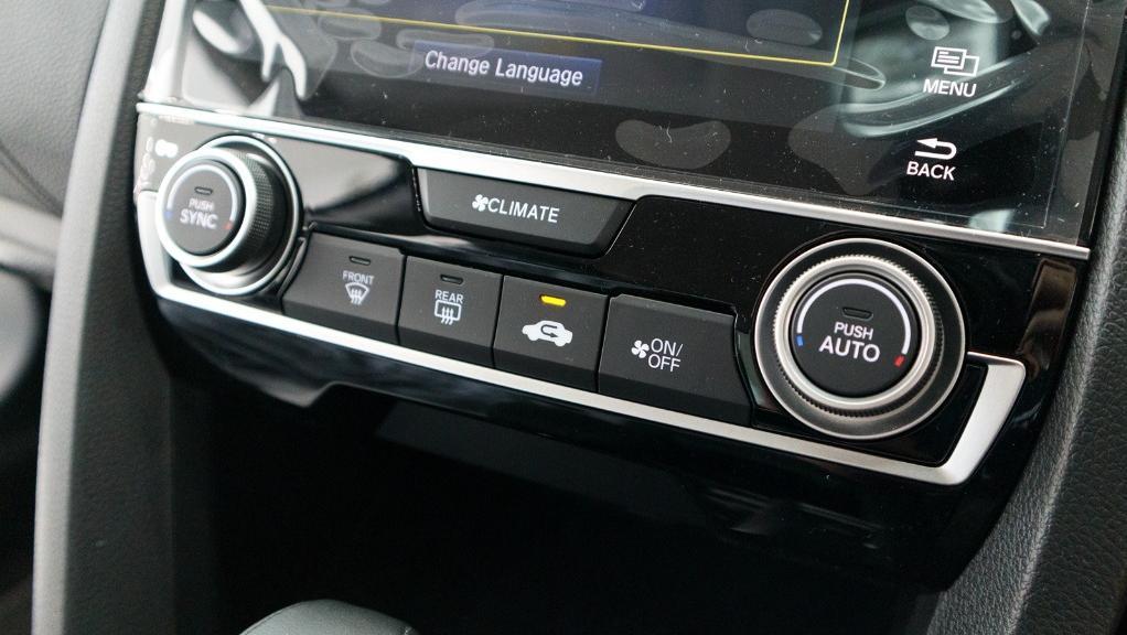 2018 Honda Civic 1.5TC Premium Interior 028