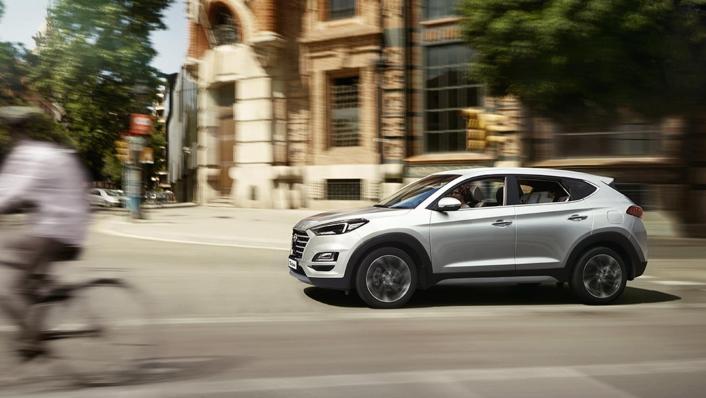 Hyundai Tucson (2018) Exterior 002