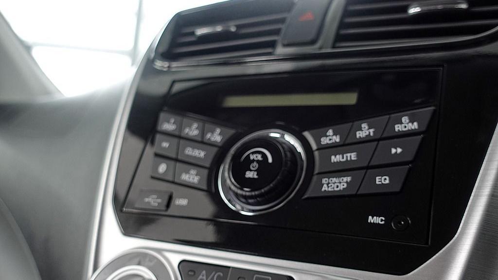 2018 Perodua Axia SE 1.0 AT Interior 015