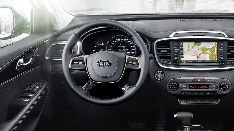 Kia Sorento (2018) Interior 002