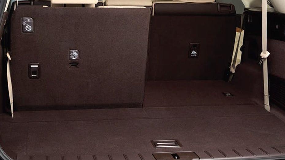 Lexus RX (2018) Interior 010