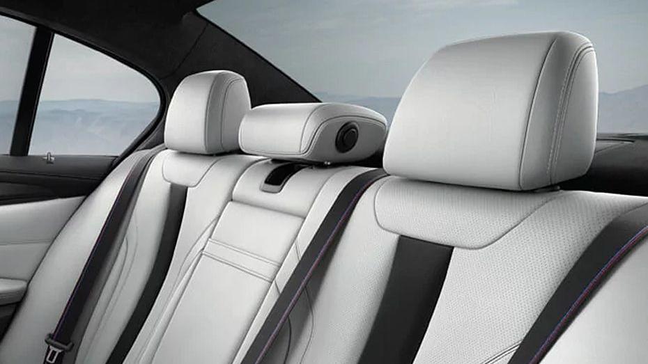 BMW M5 (2019) Interior 014