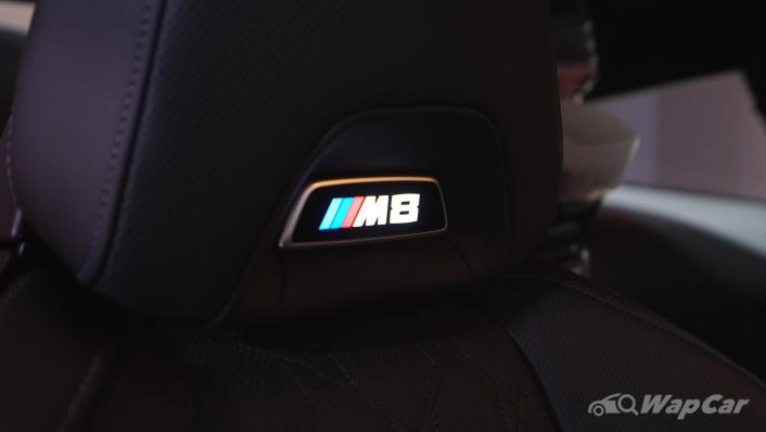 2020 BMW M850i xDrive Coupe Interior 004