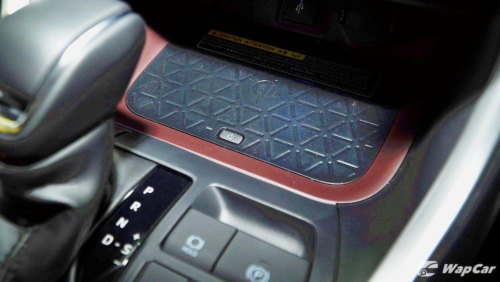2020 Toyota RAV4 2.5L Interior 075