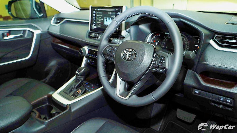 2020 Toyota RAV4 2.5L Interior 032
