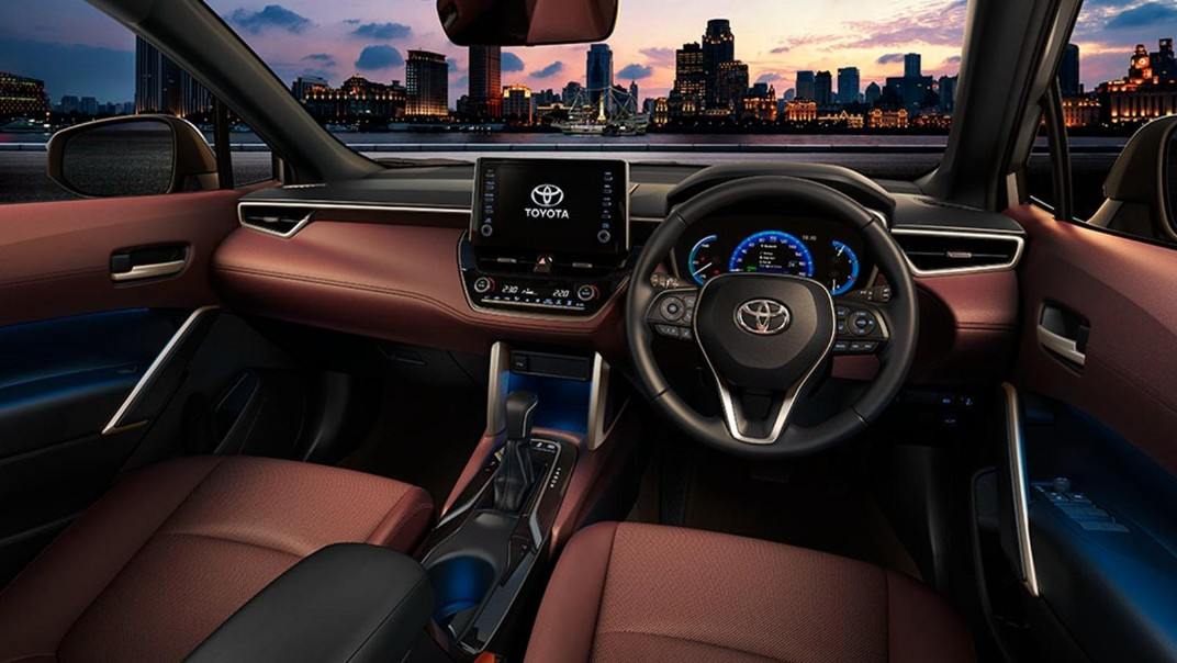 2020 Toyota Corolla Cross Interior 015