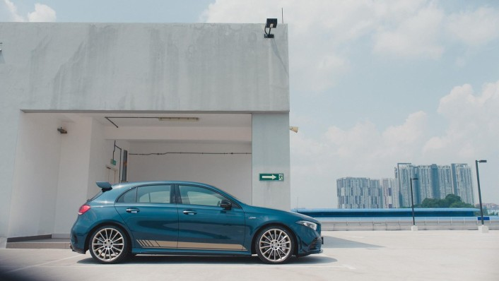 2020 Mercedes-Benz AMG A-Class A35 4MATIC Exterior 006