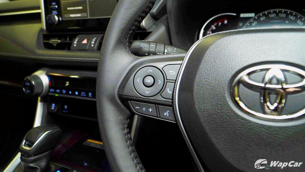2020 Toyota RAV4 2.5L Interior 039
