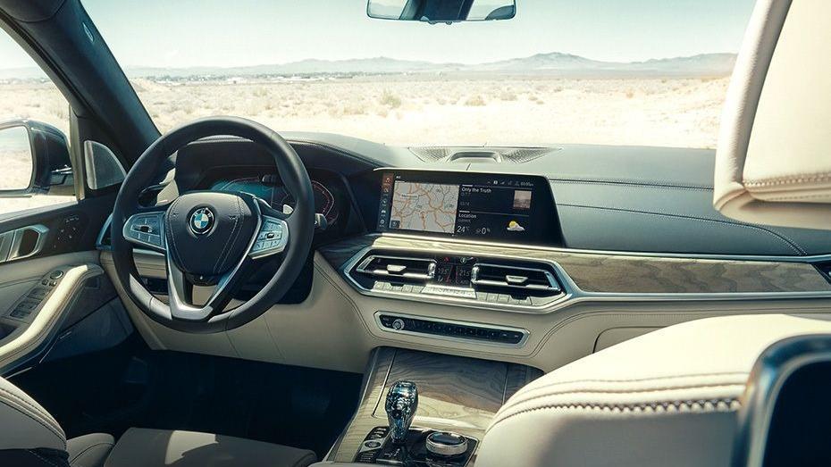 BMW X7 (2019) Interior 001