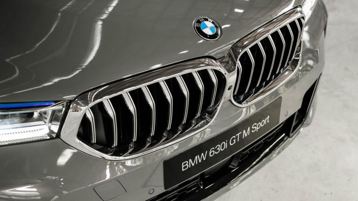 2021 BMW 6 Series GT 630i M Sport Exterior 010