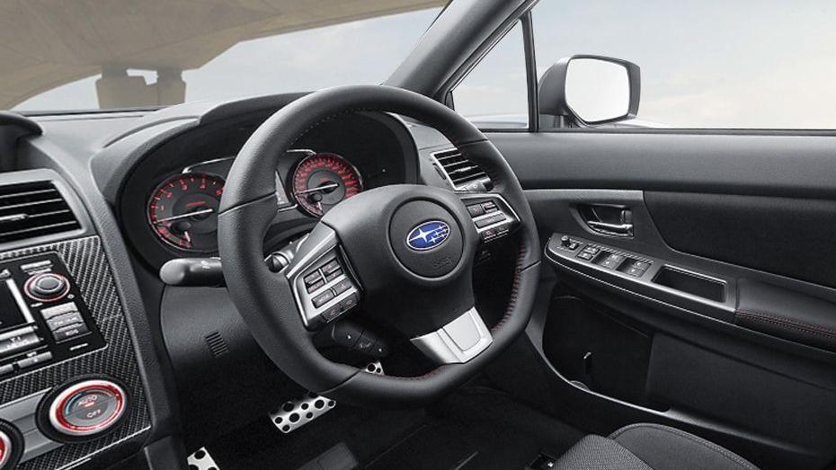 Subaru WRX (2017) Interior 002