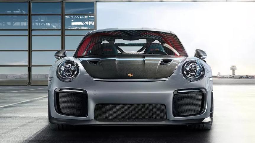 2019 Porsche 911 GT2 RS Exterior 002