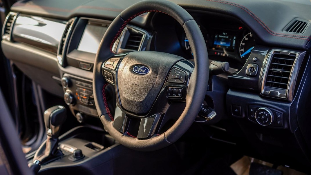 2020 Ford Ranger FX4 Interior 002