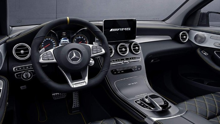 2018 Mercedes-Benz AMG GLC 300 Coupe AMG Line Interior 002