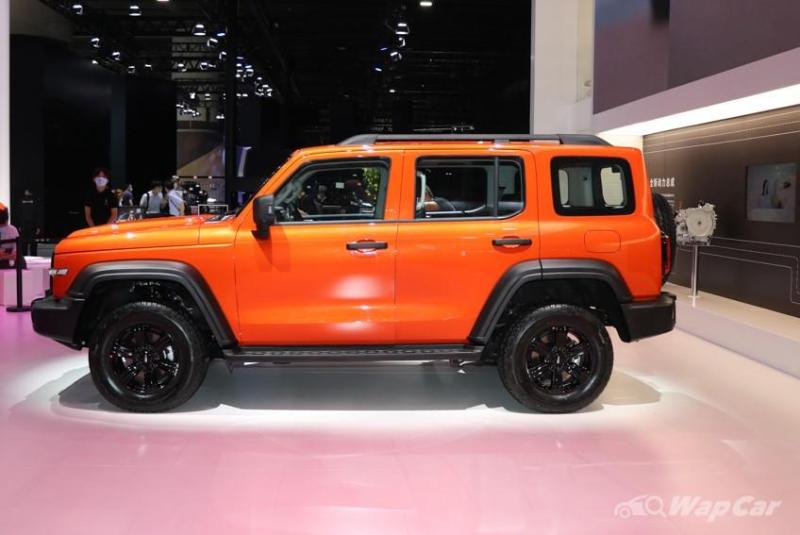 The Wey Tank 300 is a techier and more affordable Jeep Wrangler 02