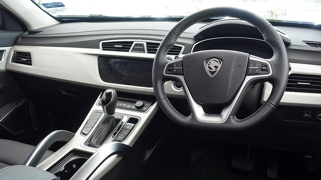 2018 Proton X70 1.8 TGDI Executive AWD Interior 002