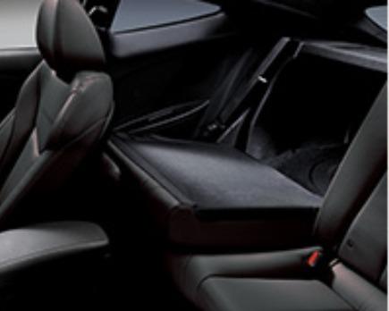Hyundai Veloster (2017) Interior 011