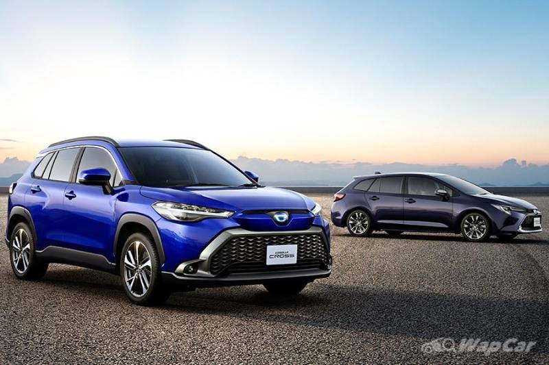 Toyota Corolla Cross launched in Japan – Hybrid doubles as a powerbank, adds panoramic sunroof 02