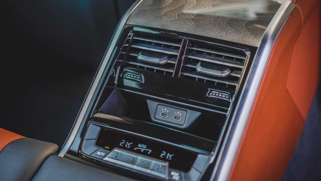 2020 BMW 8 Series 840i Gran Coupé M Sport Interior 012