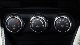 Mazda 2 Sedan (2018) Exterior 004