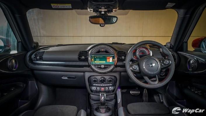 2019 MINI Clubman Interior 001