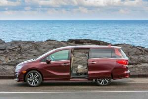 2020 Honda Odyssey 25th Anniversary Edition: Pick It!