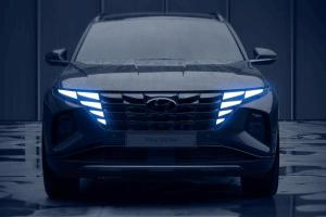 4th Generation Hyundai Tucson teased; global debut this month