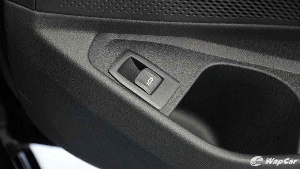 2019 BMW 3 Series 330i M Sport Interior 071