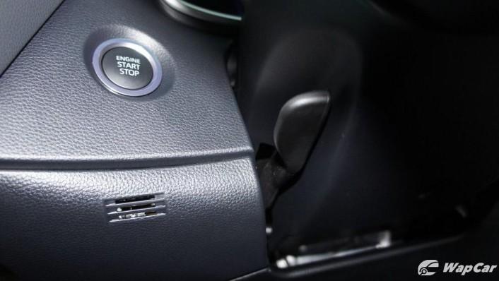 2019 Toyota Corolla Altis 1.8E Interior 010