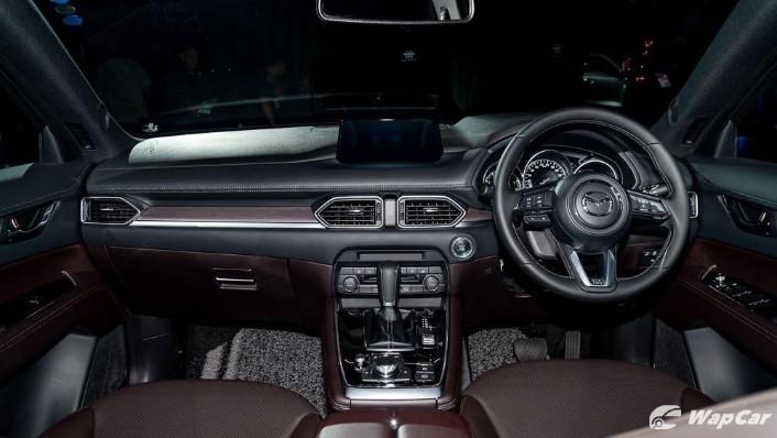 Mazda CX-8 Public (2019) Interior 001