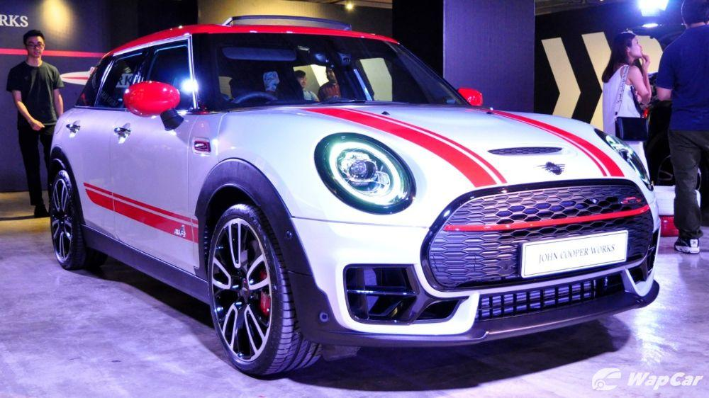 2019 MINI John Cooper Works Clubman breaks tradition with 310 PS 01