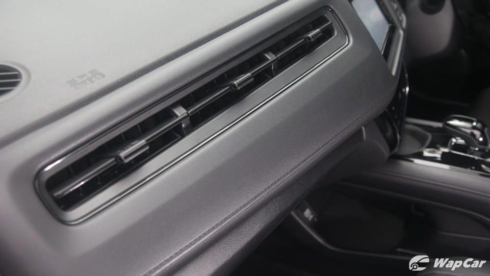 2019 Honda HR-V 1.5 Hybrid Interior 063