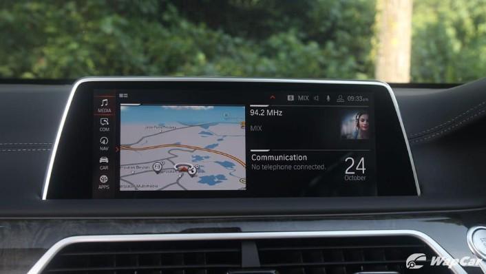 2019 BMW 7 Series 740Le xDrive Interior 010