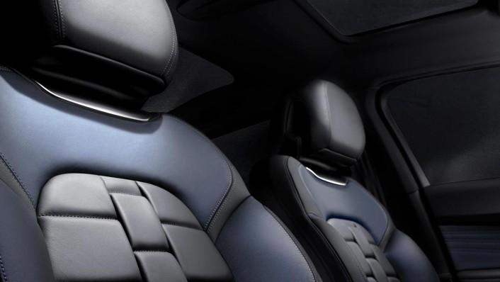2018 Citroen DS5 1.6 THP Interior 002