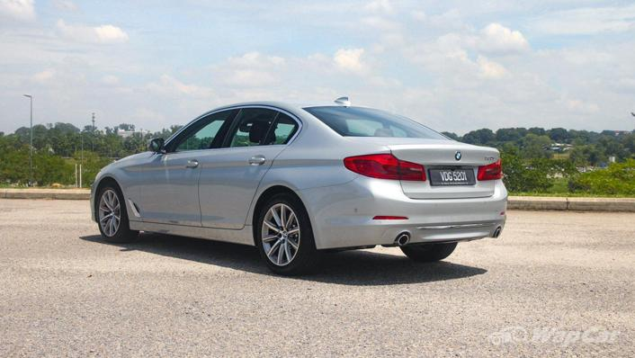 2019 BMW 5 Series 520i Luxury Exterior 007