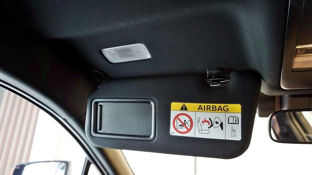 2020 Lexus UX 200 Urban Interior 051
