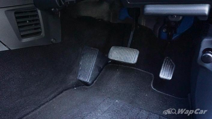 2019 Perodua Aruz 1.5 AV Interior 010